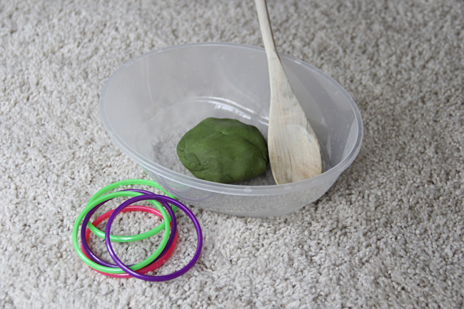 Easy Indoor Ring Toss for Preschoolers