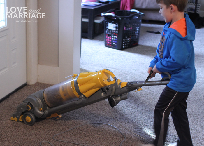 7 Beginner Chores for Your Little One