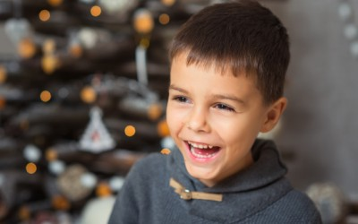 Christmas Knock-Knock Jokes That'll Crack Your Kids Up