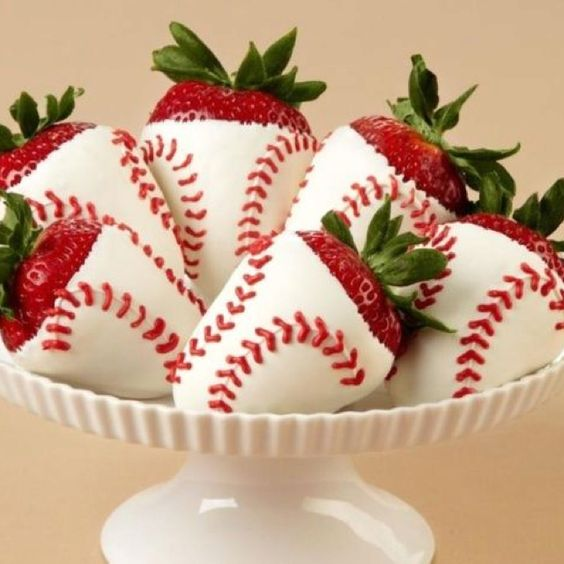 Baseball White Chocolate Covered Strawberries