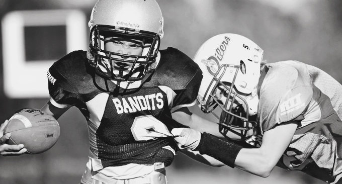 Playing Tackle Football Before 12 >> Kids Playing Tackle Football Before Age 12 Have Triple The Odds Of