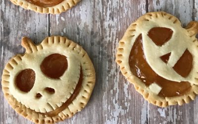 Mini Halloween Pumpkin Pies