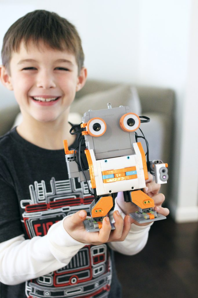 JIMU Robot - Shhh, Here's How To Sneak Learning Into Your Christmas Gift This Year