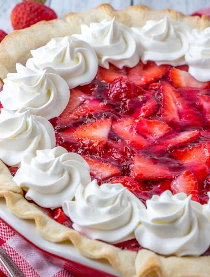 Strawberry Cheesecake Pie | The BEST Strawberry Desserts Recipes