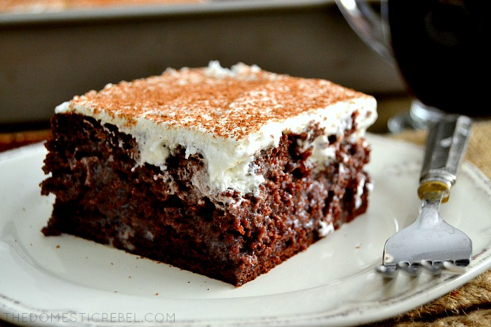 Tiramisu Poke cake - 20 Best Poke Cake Recipes