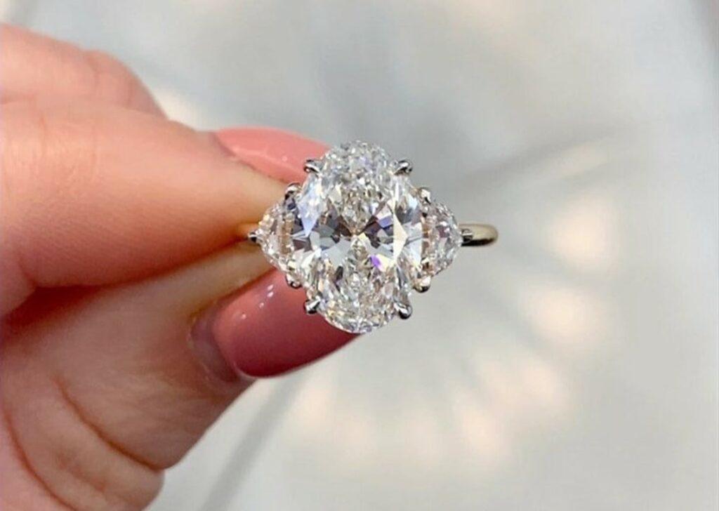 moissanite oval diamond ring