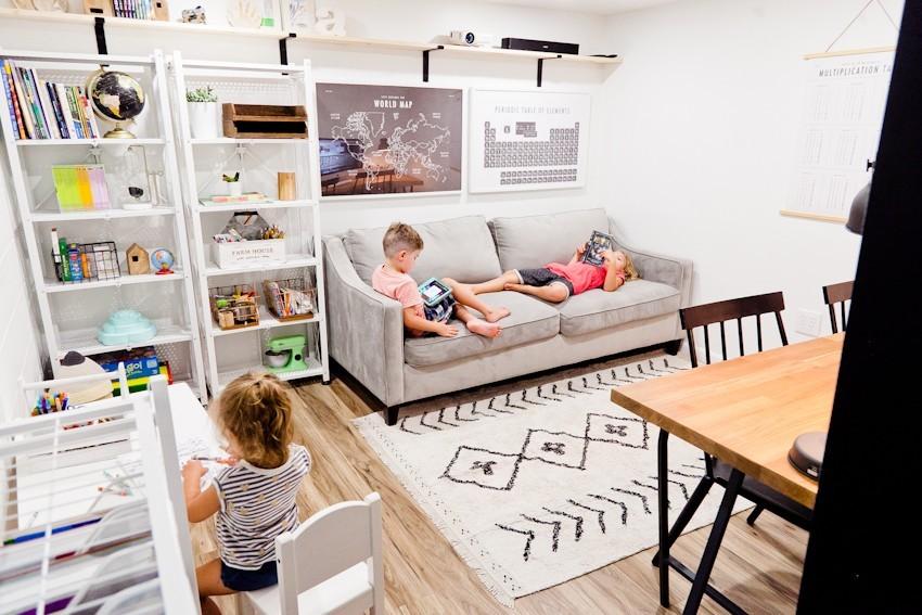 Homeschool Room Ideas - Turn your garage into a homeschool room