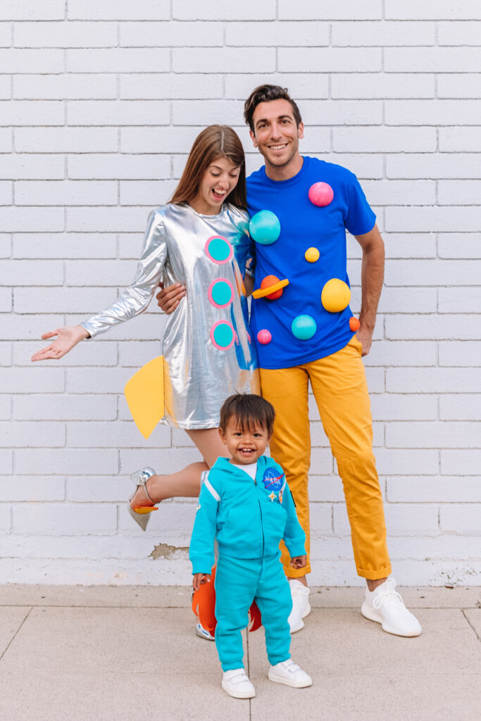 DIY Outer Space Family Halloween Costume Idea - Family Costumes