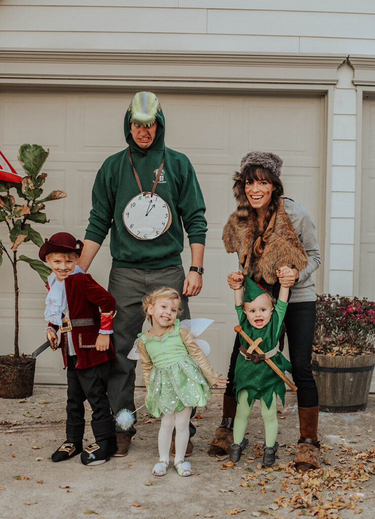 Peter Pan Family Costume with a Lost Boy, Tinker Bell and Captain Hook. Family Costumes