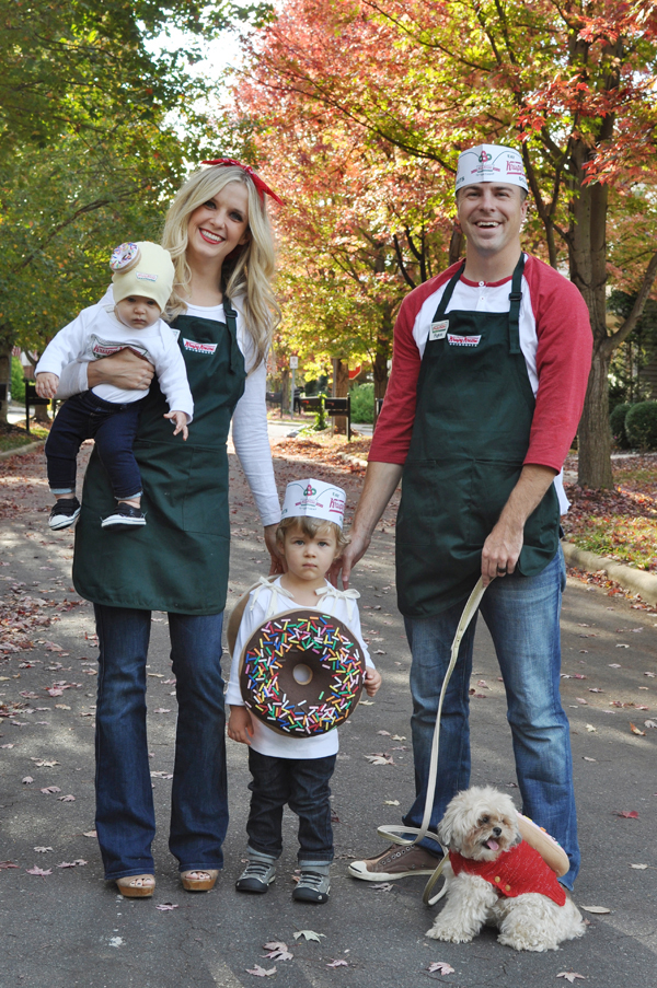 Krispy Kreme Family Halloween Costume Idea - Family Costumes