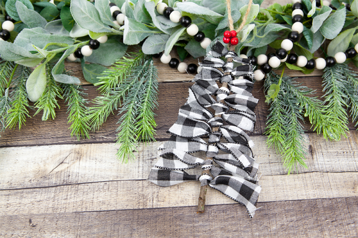 DIY Ribbon Farmhouse Christmas Ornaments