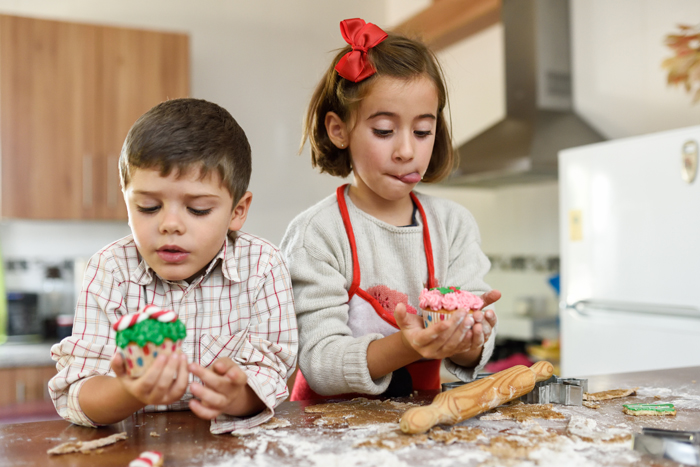 Decorate Christmas cookies together on Zoom. 12 Small Things You Can Do For Family You Can't See This Holiday