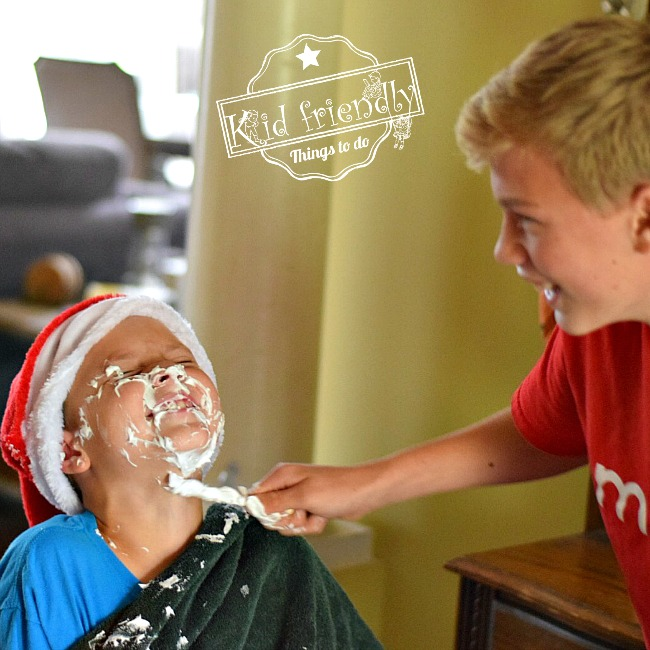 Shave Santa's Beard - The BEST Christmas Minute To Win It Games for kids and family. These are so much fun to play around the holidays. #christmas #family #fun #kid