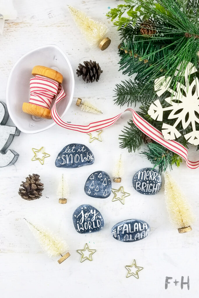 Hand Lettered Christmas Rock Painting #christmas #rockpainting